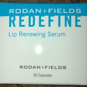 Other - Rodan & Fields Lip Plumping Serum Unopened 📦